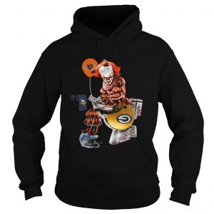 Pennywise Chicago Bears sitting toilet Green Bay Packers hoodie