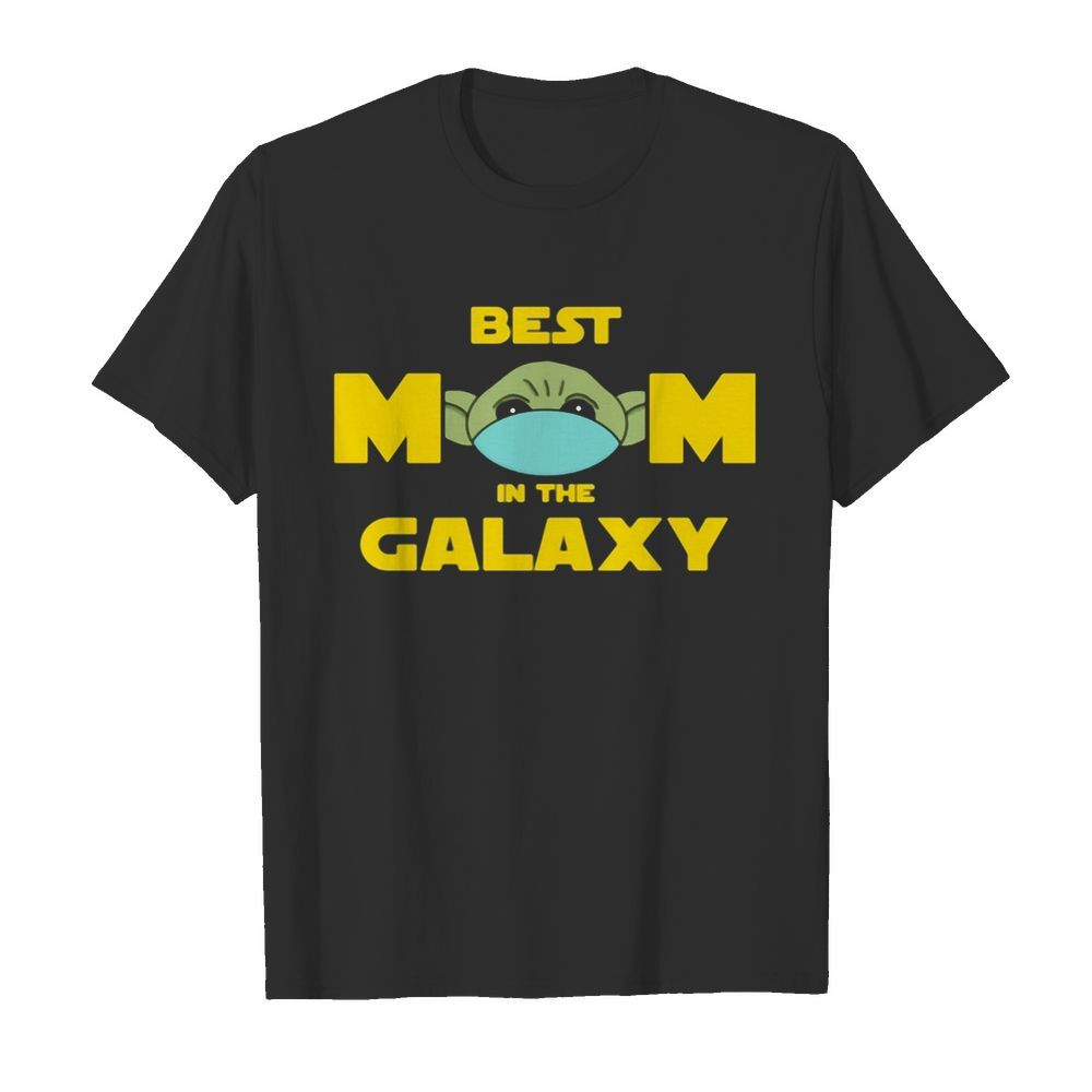 Star wars baby yoda mask best mom in the galaxy  Classic Men's T-shirt